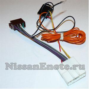 фото переходника ISO для магнитол Ниссан