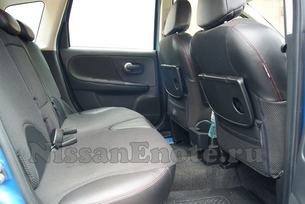 фото интерьера задних сидений Ниссан Ноута