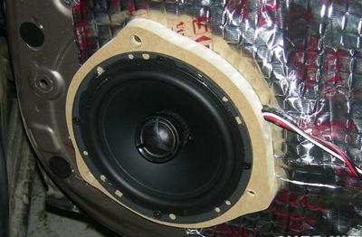 установка акустики в двери ниссан ноут