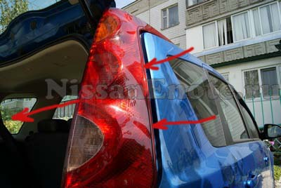 снимаем Задний фонарь Nissan Note