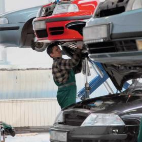 Где ремонтировать свой автомобиль?