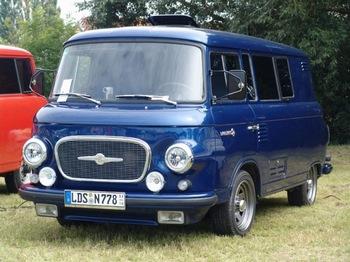 Автомобиль Barkas 1001